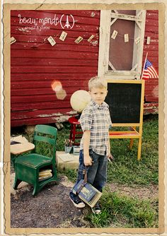Beau Monde Photos: {back to school mini session} Hobby Photography, School Photography, Photography Ideas, First Day Of School Pictures, School Photos, Back To School Party, School Parties, Vintage Vignettes, School Portraits