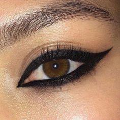 Edgy Makeup, Makeup Eye Looks, Grunge Makeup, Eye Makeup Art, Pretty Makeup, Skin Makeup, Makeup Inspo, Makeup Inspiration, Simple Makeup