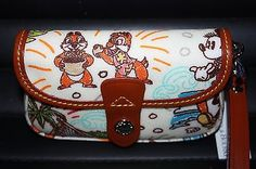 New Dooney & Bourke Disney Aulani Purse Bag Hawaii Wristlet Minnie Chip Dale