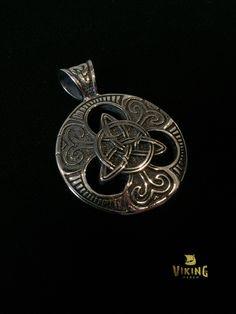 Legendary Trinity Knot Viking Pendant (VN048)