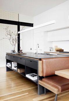 45 Attractive Kitchen Design Ideas With Industrial Style kitchen Classic Kitchen, Farmhouse Style Kitchen, Modern Farmhouse Kitchens, Home Decor Kitchen, New Kitchen, Kitchen Ideas, Awesome Kitchen, Small Kitchens, Farmhouse Sinks