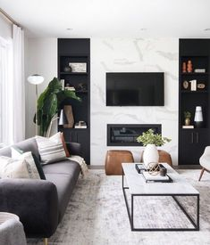 Warning: These 10 Black-and-White Living Room Ideas Are Down.- Warning: These 10 Black-and-White Living Room Ideas Are Downright Intoxicating Elegant Living Room, Living Room White, Cozy Living Rooms, Living Room Modern, Living Room Interior, Home Interior, Home Living Room, Small Living, Black And White Living Room Ideas