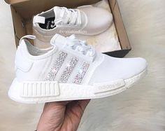 Adidas NMD Runner Womens White Trainers with Swarovski Crystals Mens New Years Eve Outfit Adidas Nmd R1, Moda Sneakers, Shoes Sneakers, Womens White Trainers, Dream Shoes, White Shoes, Sneakers Fashion, Fashion Outfits, Me Too Shoes