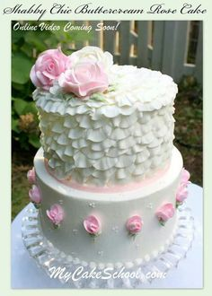 Beautiful Buttercream Roses and Ruffles! A Shabby Chic Buttercream Cake Decorating Video by My Cake School! Cake Frosting Designs, Buttercream Cake Decorating, Buttercream Designs, Cake Icing, Cake Decorating Classes, Cake Decorating Tutorials, Decorating Ideas, Pretty Cakes, Beautiful Cakes