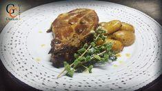 Μπριζόλα με πατάτες στο φούρνο!!! Το ακούς και χορταίνεις... Πόσο μάλλον και να το φας!!! Βρείτε τη συνταγή στο σάιτ μου από το λινκ στο βιογραφικό μου!!! #pork #stake #insta #foodlovers #foodart #instafoto #instagood #cooking #recipes #giannischalkidis Recipes easy fast healthy quick lunch breakfast dinner ideas