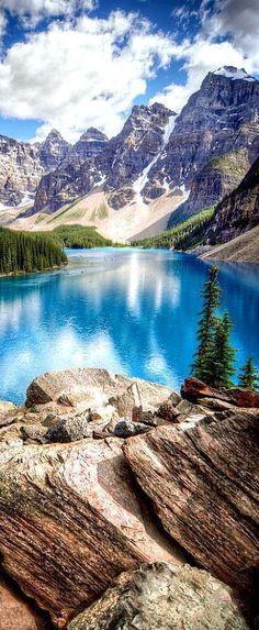 Moraine Lake, Banff National Park, Alberta, Canada #travelinspiration