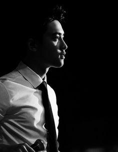 EXO Black&White