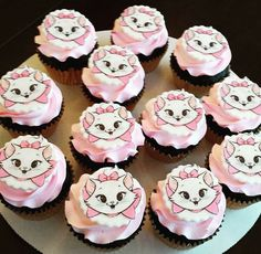 Marie the cat cupcakes made by Charlene Navarro the cake queen!