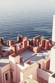 Photographer Nacho Alegre captures views of Ricardo Bofill's La Muralla Roja in Alicante.
