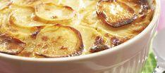 Jauheliha-perunalaatikko Cheeseburger Chowder, Food And Drink, Soup, Pudding, Desserts, Tailgate Desserts, Deserts, Custard Pudding, Puddings