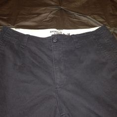 """Weekend Sale Men's Navy """"Broken-In Khakis"""" Old Navy """"Broken-In Khakis"""" in Navy blue. In excellent condition. One small stain as pictured. Barely noticeable. Reflected in price. Men's 32x32 Old Navy Pants Trousers"""