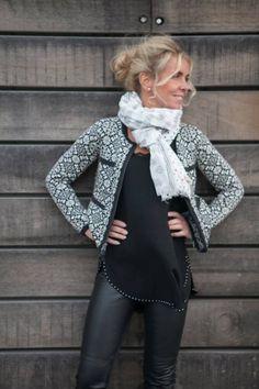 Tullhuset Living, Odd Molly Dark Fashion, Autumn Fashion, Beautiful Outfits, Beautiful Clothes, Odd Molly, Mix Match, Plaid Scarf, Blue Grey, Retro Vintage