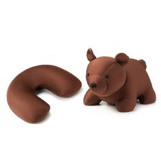The grandkids would love them--for that matter I would love one! -- A cushioning neck pillow, which turns inside out to become a cuddly bear! -- TRAVEL Microbead PILLOW/BEAR through UncommonGoods. Cute Stuffed Animals, Stuffed Bear, Bear Head, New Shape, Baby Pillows, Neck Pillow, Travel Themes, Travel Ideas, Travel Gifts
