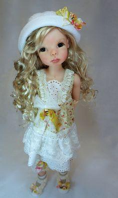 Poppy by Bo Bergemann, via Flickr.  Beautiful BJD doll http://www.bergemanndolls.com
