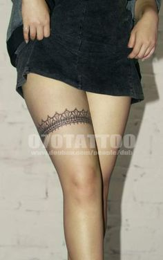 So I don't have a desire for a tattoo but there's something about this that's aw… – Tattoo Pins - Tattoo Oberschenkel Frau Thigh Garter Tattoo, Thigh Band Tattoo, Leg Band Tattoos, Lace Garter Tattoos, Tattoo Femeninos, Lace Tattoo, Epic Tattoo, Piercing Tattoo, Chain Tattoo