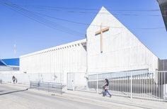 Colegio y Memorial Santa Rosa de Constitución / LAND Arquitectos | ArchDaily México