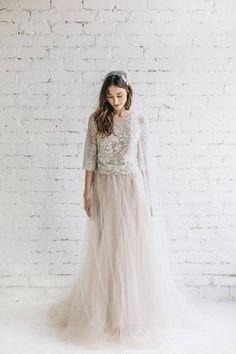 Boho Wedding Dress / Two Piece Wedding Dress / Bridal Separates / Nude Lace and Tulle Dress / Bridal Tulle Skirt / Lace Wedding Top – PEONY - Hochzeit Two Piece Wedding Dress, Boho Wedding Dress, Bridal Dresses, Wedding Gowns, Flower Girl Dresses, Prom Dresses, Wedding Lace, Wedding Bridesmaids, Chic Wedding