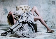 lara china5 Lara Stone for Vogue China December 2010 by Willy Vanderperre