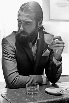 Wir lieben Männer mit Bart http://www.style.de/produkte/beauty/wir-lieben-manner-mit-bart/
