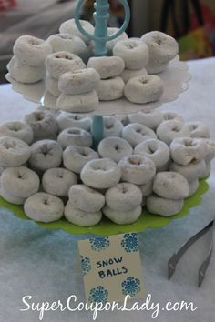 A Disney Frozen Party isn't complete without Snowballs! http://www.supercouponlady.com/2014/04/disney-frozen-party-ideas.html/