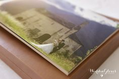 www.weddingloves.it #YOUNGBOOK #youngbox #similpelle #weddingloves #photography #wedd-photo #amazing