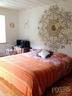 Bedroom Ideas Discover Sunny Ornament Oriental - Bedroom Pixers We live to change Teen Room Decor, Bedroom Decor, Wall Decor, Bedroom Ideas, Oriental Bedroom, Inspiration Wand, Beach Wall Murals, Wall Art, Hippy Room