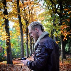 We went for a little excursion to the forest today, to catch a glimpse of the amazing colors and breathe some earthy forest air. I've had continous summer for the last 3 years, so it's been a while since I've seen the beauty of european autumn. It's stunning. #autumn #leaves #colors #manbraid #braid #viking #vikings #leather #metal #spikes #chain #nikonj5 #beard #man #blonde #nordic #nordid #leaf #tilburg #brabant #netherlands #pagan #vikingstyle