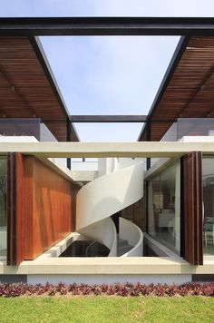 Imagem 3 de 22 da galeria de Casa ASIA / Jorge Marsino Prado. Fotografia de Juan Solano Ojasi