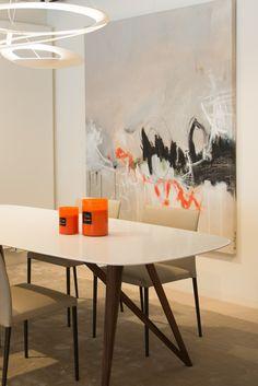 Artemide, Walter Knoll & Noortje Leijten Art @ Samyn Wonen. Art Installation, Abstract Art, Dining Table, The Originals, Inspiration, Furniture, Home Decor, Kunst, Biblical Inspiration