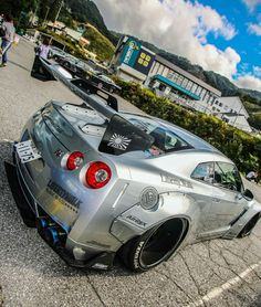 Sick Nissan GT-R By Liberty Walk Z_litwhips Expensive Sports Cars, Fast Sports Cars, Tuner Cars, Jdm Cars, Nissan Gtr Godzilla, Audi Rs8, Nissan Gtr R35, Nissan Gtr Skyline, Liberty Walk
