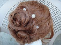 This is a listing for 1 rhinestone bobby pin. Bridal Hair Pins, Hair Pieces, Bobby Pins, Pearl Earrings, Etsy, Hairpin, Rhinestones, Bridal Hair Clips, Extensions Hair