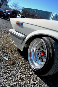 Page 99 of 128 - Bosozoku-Bippu-Kyusha-Shakotan-Zokusha Car Picture thread - posted in General Discussion: Thanks! Wow, I cant even find the 330 headlights anywhere for sale....