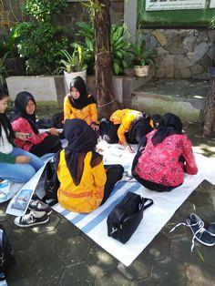 Proses Membatik di Halaman Depan Showroom Griya Batik Mas Showroom, Sandals, Fashion, Slide Sandals, Moda, Shoes Sandals, Fasion, Sandal, Slipper