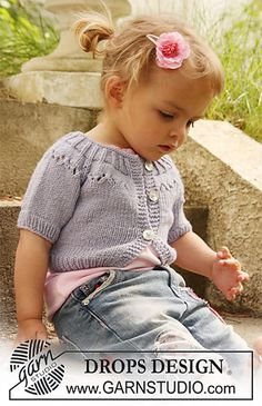 Knit cardigan for toddlers. Free pattern. Size 4 and 7 needles, DK/8-ply yarn.