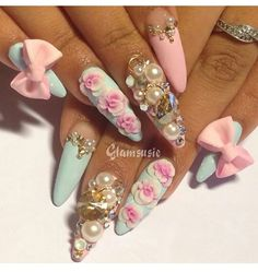 Chic nail design on stiletto nails Fabulous Nails, Gorgeous Nails, Pretty Nails, Hot Nails, Hair And Nails, Pink Stiletto Nails, Pastel Nails, Bling Nails, Acrylic Nails