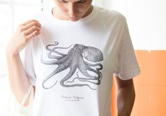 Octopus T-shirt - Unisex For now i only have S and L but if you order i can make another sizes. My original octopus print. Cotton Printed on Azores. Octopus Illustration, Science Illustration, Octopus Print, Order Checks, Azores, How To Make, How To Wear, T Shirts For Women, Unisex