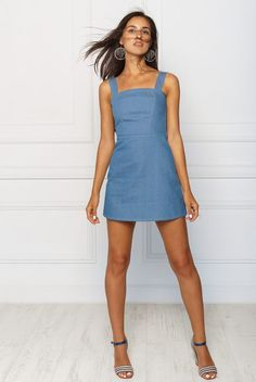 2kstyle.com #denimdress #streetstyle #summer #dress #minidress #denim #spaghettistrap #summerstyle