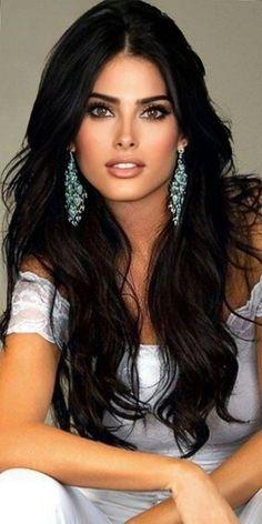 Most Beautiful Faces, Beautiful Women Pictures, Gorgeous Eyes, Pretty Eyes, Gorgeous Women, Beautiful People, Femmes Les Plus Sexy, Brunette Beauty, Woman Face
