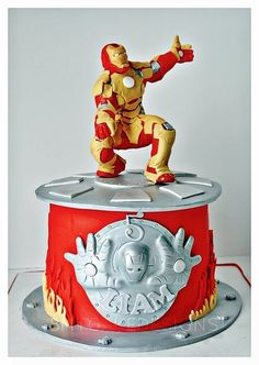 Iron Man 3 cake - Totally cool! We love this and had to share! #Great #Cake
