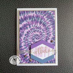Deze groovy kaart is gemaakt door Ingrid Nellen (www.inkycards.nl) met de Spiral Dye achtergrond stempel. Door de stempel na de eerste kleur 180 graden te draailen ontaat een echt tie-dye effect op je kaart. Haar project heeft ze afgemaakt met de spreuken van Biggest Wish uitgeponst met de Tailored Tag pons en het Twine had ze over uit de You Are My Anchor kaartkit. Right on! #prullekekleurencombinatie #spiraldyestampset #biggestwishstampset #youaremyanchorcardkit #stampinup #prulleke #inkycards Stampin Up, Notebook, Tie Dye, Spirals, Stamping Up, Tye Dye, The Notebook, Exercise Book, Notebooks