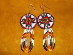 native american Native Beadwork, Native American Beadwork, Native American Jewelry, Seed Bead Earrings, Beaded Earrings, Seed Beads, Star Earrings, Beading Projects, Beading Ideas