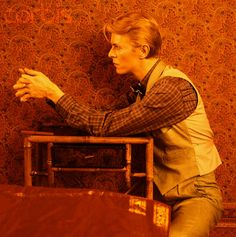 David Bowie, Low-era style