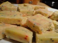 Microwave Cake Batter Fudge. Mmmmm perfect for poor lonely folk... Like me.