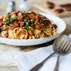 Linguine-mit-gegrillter Aubergine-und-Chorizo_featured
