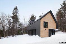 """Écohabitation on Instagram: """"Eco-Habitat S1600: la maison d'architecte préfabriquée écologique est achevée! ✨ Première-née des Kits Écohabitation, elle est le fruit de…"""" Wakefield, Home Fashion, Architecture, Cabin, House Styles, Fruit, Home Decor, Instagram"""