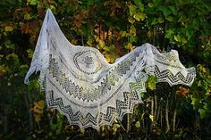 Ravelry: Ailigas pattern by Christa Becker - free pattern in English, Finnish and German.