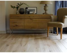 Broadleaf Nude Oak Flooring - a wood floor that looks like bare oak but is in fact fully finished for modern living. Available in solid or engineered planks in a choice of widths. Call 01269 851 910 for more information or visit our website. Plank Flooring, Planks, Real Wood Floors, Interior Decorating, Interior Design, Wide Plank, Stone Tiles, Commercial Interiors, New Homes