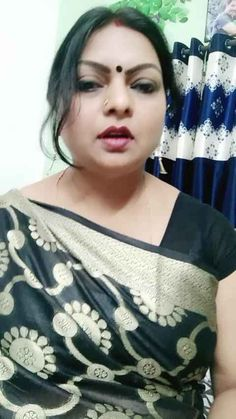 Beautiful Indian Brides, Beautiful Girl In India, Beautiful Women Over 40, Beautiful Blonde Girl, Cute Beauty, Beauty Full Girl, Arabian Beauty Women, Girl Number For Friendship, Massage Girl