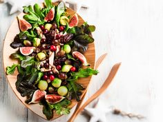 Hedelmäinen kalkkunasalaatti / Turkey salad with fruits, Kotliesi. Turkey Salad, Salad Recipes, Salads, Dairy, Cheese, Fruit, Food, Meal, Recipes For Salads