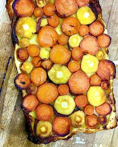 Root vegetable tart tatin adapted from a recipe in Olive I think? Its a great way to serve vegetables and a super vegetarian dish and so easy to make yet looks stunning. . . . . . . . . .  #foodwriting @foodwriting #thespruceeats #foodwriter #elainelemm #vegetarianrecipe #stunningsidedish #easyvegetarian #rootvegeyables #easypuffpastry #vegetabletart #vegetabletarttatin #newyearseverecipe #onmytable #lemmonfood #lovemyjob #foodpic #cookerywriter #foodexpert #pinthis  #foodandtravelwriter